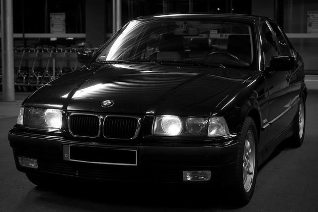 white black sedan 328 bmw e36