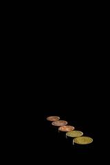237/365 - Economics (Alex Stoen) Tags: money black metal canon vanishingpoint spain flickr coins flash negro picasa line diagonal flashphotography capitalism minimalism 35 lowkey economy dinero euros picassa puntodefuga monedas remoteflash aligned ef50f14 centimos project365 ste2 canonste2 35cents alineado clavebaja sanjuandealicante 580exii 237365 canonspeedlite580exii speedlite580exii canoneos5dmarkii 5dmk2 alexstoen alexstoenphotography 35centimos