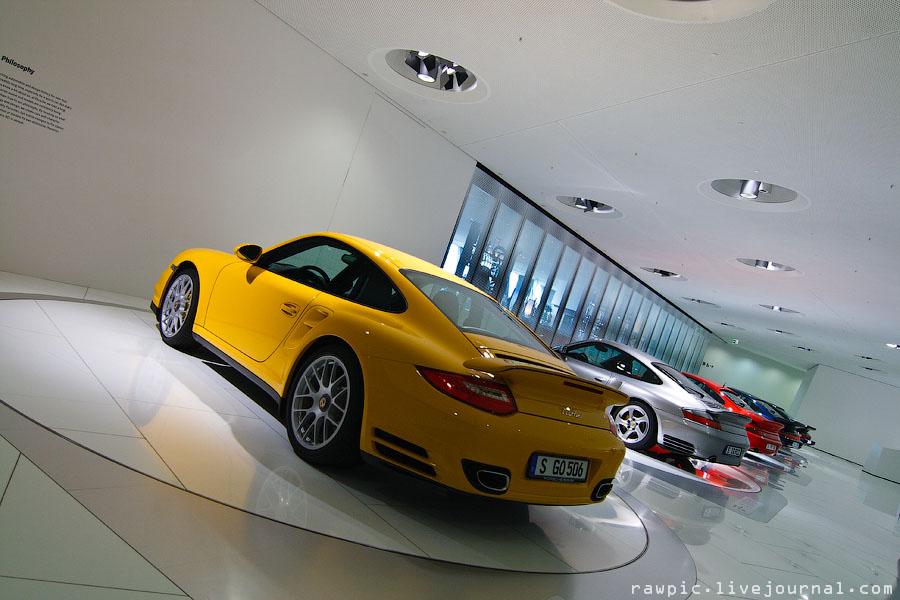 Porsche_museum105