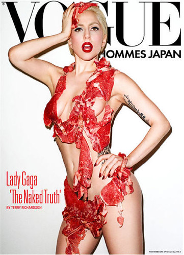 lady_gaga_meat_dress_vogue_hommes_japan