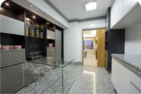 cozinha com piso de granito cinza corumba