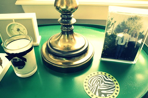 Upclose on nightstand...