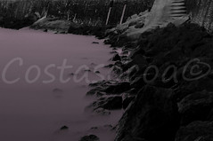 (Costasocoa) Tags: longexposure sea blackandwhite bw mer seascape blancoynegro beach rock landscape atardecer mar blackwhite nikon noiretblanc playa paisaje minimal coastal coastline paysage plage litoral 18200 euskalherria rocher euskadi paysbasque penasco littoral d90 socoa zokoa bw110 baskcountry costasocoa wwwcostasocoacom