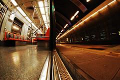 (Alonso Fandez Stipicevic) Tags: santiago contrast underground subway outside metro contraste inside mm 105 nikkor cristobal dentro colon fuera
