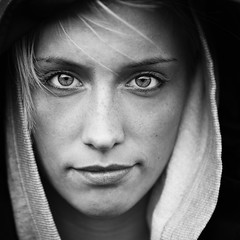 Portrait Of a Girl (KristjnFreyr) Tags: light portrait bw white black girl face canon square outside eyes natural outdoor sharp explore frame l 5d sh f28 1x1 bh stelpa 2470 svarthvt explored