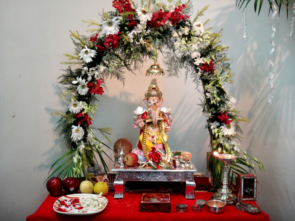 The world 39 s newest photos of decoration and ganpati for Background decoration for ganpati