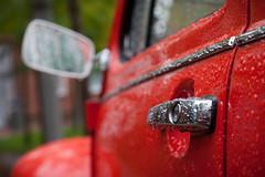 (*m22) Tags: red cars wet metal vw volkswagen drops beetle chrome chrom doorhandle kfer tropfen nass vwkfer trgriff