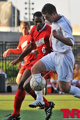 EQ_UCvsUD_5_web (EamonQ) Tags: sports football nikon soccer uc tnr ud 2010 universityofcincinnati seasonopener sept1 universityofdayton thenewsrecord collegesoccer d300s 912010 eamonqueeneyphotograhpy 175rivalry