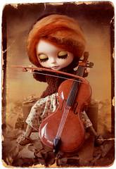 Autumn (erregiro) Tags: old autumn sky musician music orange photo carved leaf eyes doll image antique feel lips mohair blythe welcome custom msica redhaired reroot erregiro