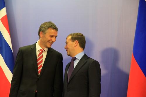 Statsminister Stoltenberg og president Dimitrij Medvedjev