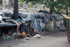Bidonville (hubertguyon) Tags: poor misery calcutta inde pauvre kolkota misère bengaleoccidental