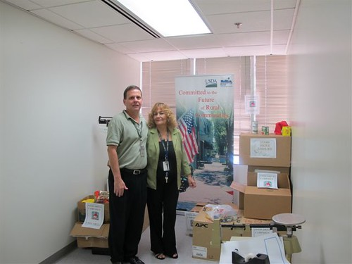 Miguel A. Ramírez, Public Affairs Coordinator (RD) and Nilda Gonzalez, Administrative Assistant (NRCS). Both where the point of contact of the Food Drive Campaign of their Agencies.