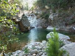 Entre la triple vasque-cascade et la confluence Quarcitellu : vasque-cascade