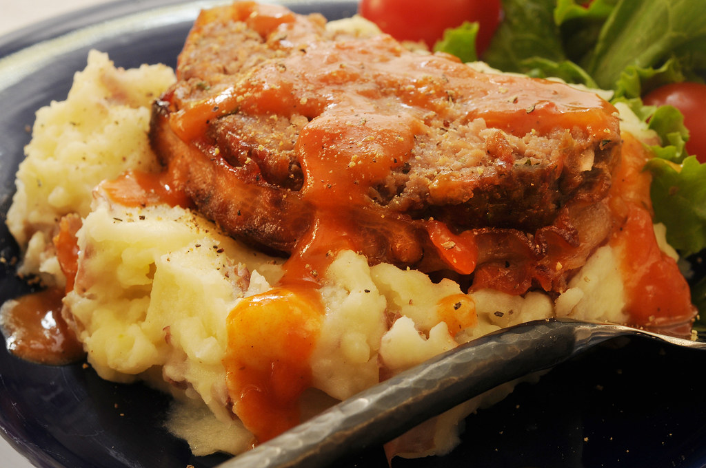 Tomato Gravy_on meatloaf and potatoes