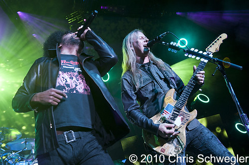Alice In Chains - 09-17-10 - Blackdiamondskye Tour, DTE Energy Music Theatre, Clarkston, MI