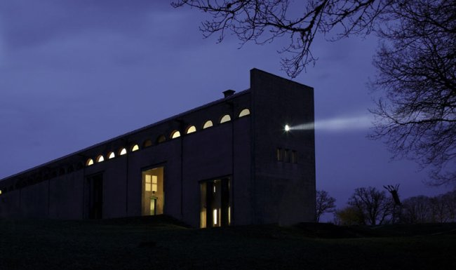 white museum beam