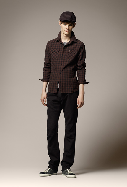 Aaron Wrigley0004_Burberry Blue Label