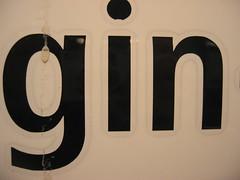 (kristininsf) Tags: berlin sign digital ubahn gin charlottenburg 2010 königin