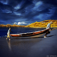 after sailing (yoga - photowork) Tags: morning sky people panorama nature canon indonesia lens landscape ir photography 350d angle wide wideangle bluesky v3 canon350d infrared symphony 1022mm digitalinfrared landscapephotography beautifulmorning infraredphotography inspiredbylove efs1022mmf3545usm morningactivity trasognoerealtà beautifulindonesia visitindonesia infraredpanorama trasognoerealta