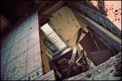 HoLe... (Migliari Andrea) Tags: abandoned hole decay edificio buco rotto pavimento abbandono