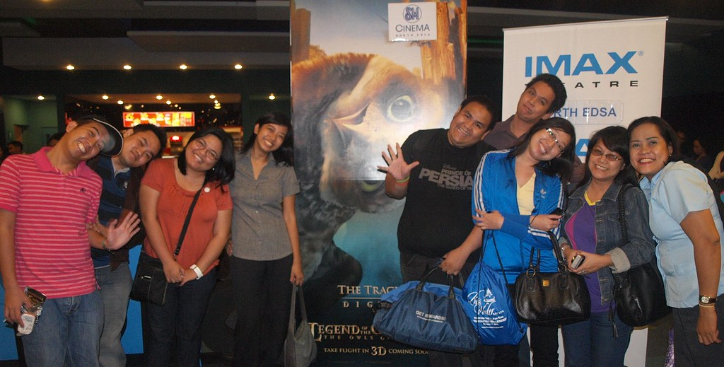 bloggers at the philippine imax premier of the legend of the guardians the owls of ga'hoole