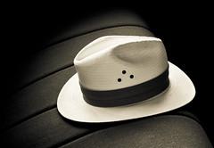 [フリー画像] 物・モノ, ファッション用品, 帽子・キャップ, 201009250500