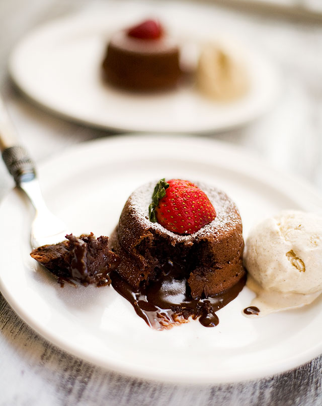 Molten Chocolate Liquor Cake ~ IndianSimmer - Indian food made easy ...