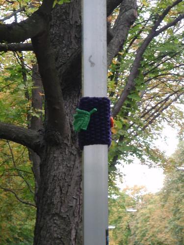 Guerilla knitting 1