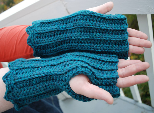 Shell topped wrist warmers