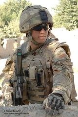 Royal Marine from 40 Cdo in Sangin, Afghanistan (Defence Images) Tags: uk terrain afghanistan pattern military free equipment camouflage british op operation defense defence multi mtp firearm afganistan personnel herrick bayonet royalnavy helmand royalmarines royalmarine sangin nonidentifiable