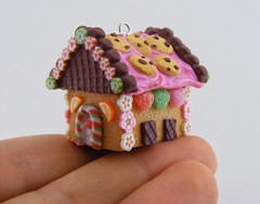 Pink Frosted Gingerbread House (Shay Aaron) Tags: christmas xmas food tree scale dessert miniature necklace handmade aaron fake mini jewelry charm polymerclay fimo biscuit ornament sprinkles tiny faux shay icing citrus candycane 12th 112 pretzel pendant frosting whimsical geekery marmalade jewel petit twelfth hanselandgretel chocolatechipscookie christmasspirit brothergrimm shayaaron wearablefood houseofcandy crystalcuts