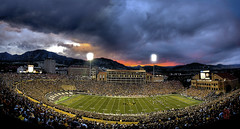 Beating the Bulldogs (@!ex) Tags: universityofgeorgia universityofcolorado big12 folsomfield secfootball bouldersunetcoloradohairychipflatironsmountainspentaxk10dbuffalosdelward