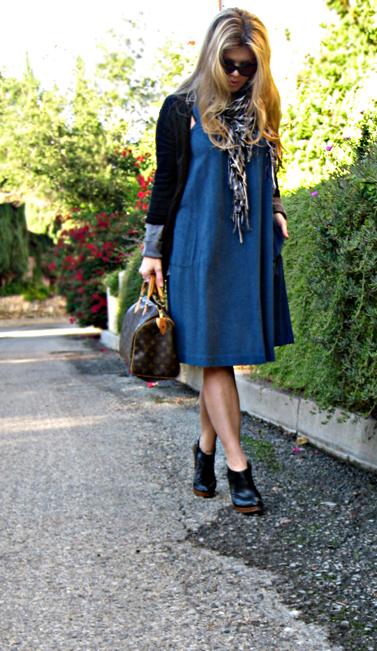 faux suede vintage shift dress with pocket+cardigans and ankle boots+los angeles