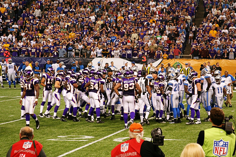 Vikings Lions Game