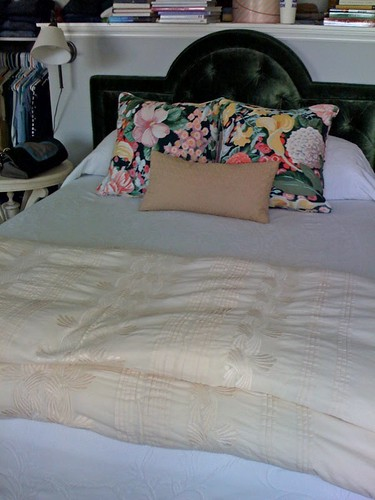 floralpillows.bungalow-1