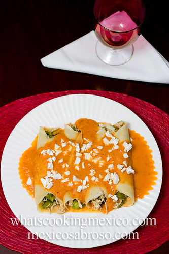 Pumpkin blossom and chicken crepes