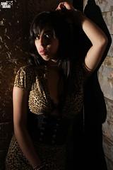 (Dani Bravo [Els somnis de Bravo]) Tags: woman girl leopardo mujer bravo chica femme flash dani leopard pam fotos estacion contraste alto sombras 460 abandonada pinoso strobist monovar yongnuo leopaaarrrrrrdo