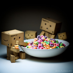 104/365:  First Order of Business. (Randy Santa-Ana) Tags: food toys eat fruitloops danbo danboard minidanboard minidanbo 365daysofdanbo