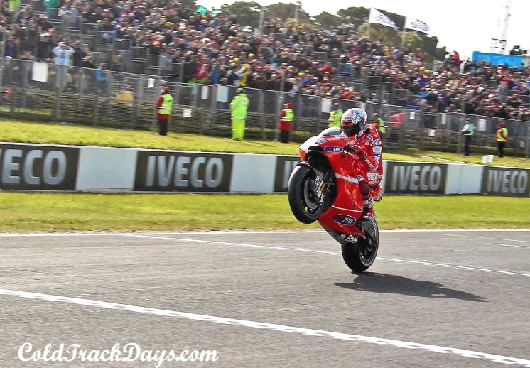 MotoGP // STONER GIVES BLOWOUT PERFORMANCE IN AUSTRALIA