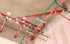聯聚怡和 冷熱水管均採不鏽鋼管,熱水管外加保溫披覆