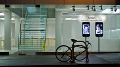 Smile (Chris Saulit) Tags: sf sanfrancisco california street apple window bike bicycle northerncalifornia stairs logo macintosh store ipod display market staircase bayarea stevejobs cupertino norcal unionsquare stockton noma facetime iphone ipad