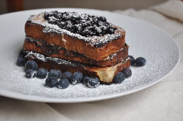 5144495844 79fb8d0a1c z I Love You: Caramelized Mascarpone Stuffed Brioche French Toast