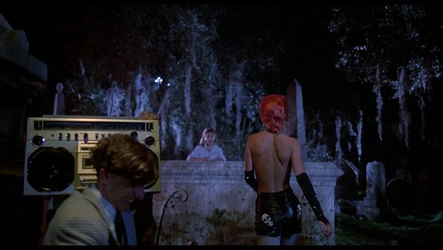 the_return_of_the_living_dead_10