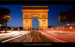 Arc de Triomphe, Sunset (Luca Cesari Photography) Tags: longexposure holiday paris 21 bluehour arcdetriomphe doublesquare 5d2 lucaeos
