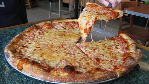 hawkeye's cheese pizza