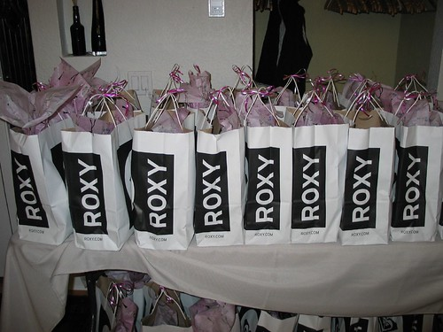 100 girly goody bags