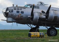 B-17 Aluminum Overcast (Bluedharma) Tags: colorado wwii denver b17 apa bomber flyingfortress aluminumovercast kapa b17g centennialairport aviationphotography nikond80 coloradophotographer n5017n bluedharma coloradoshooter