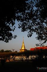 _DSC2467 (mauve55) Tags: thailand nan bwcpl nikond300 1024g 70200apo