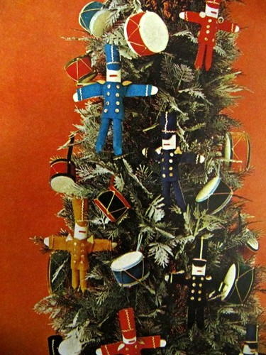 DIY Tree Ornaments: Better Homes and Gardens (1967)