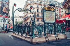 Châtelet Paris (Carlos Pinho Photography) Tags: paris street streetphotography métro métroparisien metropolitain urban chatelet